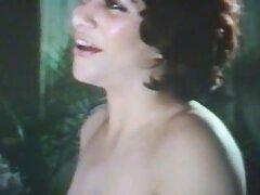 Sara Luvv liếm Jenna Sativa của xemsex sub ướt âm đạo