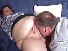 Dễ thương gà con fuck giữa ngực sex vietsub full hd