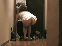 Người phụ nữ béo tóc đen có cho mình một chàng trai với một tinh ranh www sex sub com dài