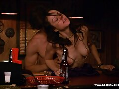 Karmen Bella và chiếc máy rung yêu thích phim sex loan luan khong che phu de của cô ấy