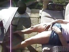 Busty nhật bản sex vietsub hút bên hồ bơi